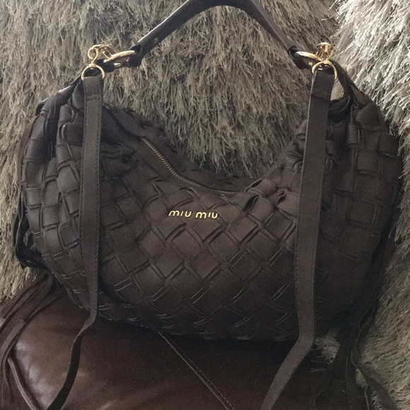 Beautiful miu miu Brown Woven Leather Fringe Bag. M 5ac14484fcdc31171e0e41bb c2fd3fae45d0a